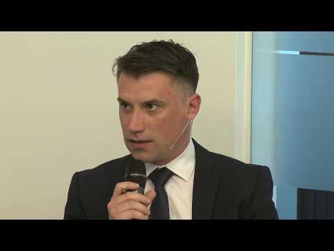 Cum au evoluat fondurile de actiuni cu expunere la BVB - Dezbatere cu directori de investitii