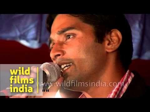 Kumaoni singer sings at cultural night in Pithoragarh