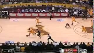 Wyoming Larry Nance Jr dunks it like Michael Jordan vs SDSU