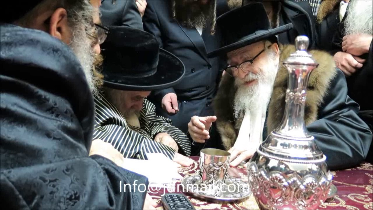 Skver Rebbe Visiting The Karlsburg Rov - Kislev 5777