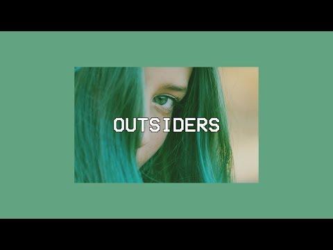 Au/Ra - Outsiders (lyrics)
