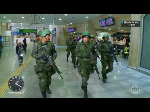 Forças armadas podem ficar no Rio de Janeiro até o fim de 2018 - SBT Notícias (31/07/17)