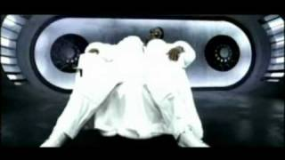 Puff Daddy - P.E. 2000 (Public Enemy 2000)