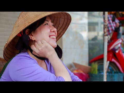 Vietnam || Vinh Long Market on the Lunar New Year 2018