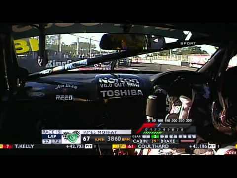 V8 Supercars 2011 : James Moffat Onboard Lap (Race 15 - Townsville)
