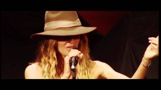 Kirsty Bertarelli - Baby Where Do You Run To (Live)
