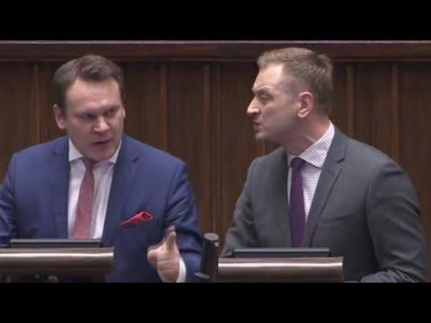 Tarczyński nie wytrzymał bredni nt dekomunizacji ulic   CHWAŁA BOHATEROM!
