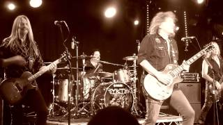 Y & T - Lonely Side of Town (Live in Belfast)