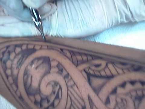 Tribal tattoo schattiert