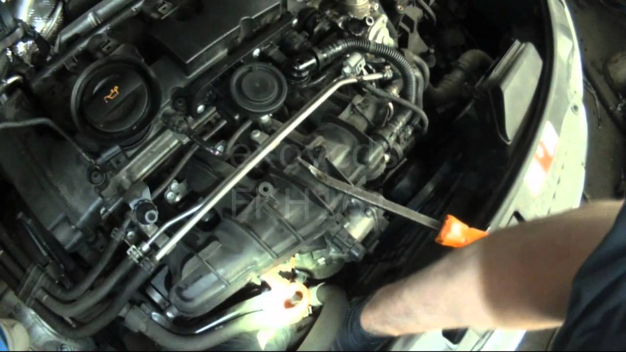 Audi 8p A3 2 0t Fsi Thermostat Housing Removal Youtube