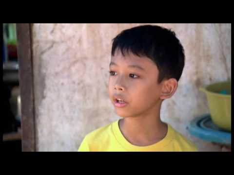 A kid with incredible fighting spirit to survive from Typhoon Yolanda (Haiyan)