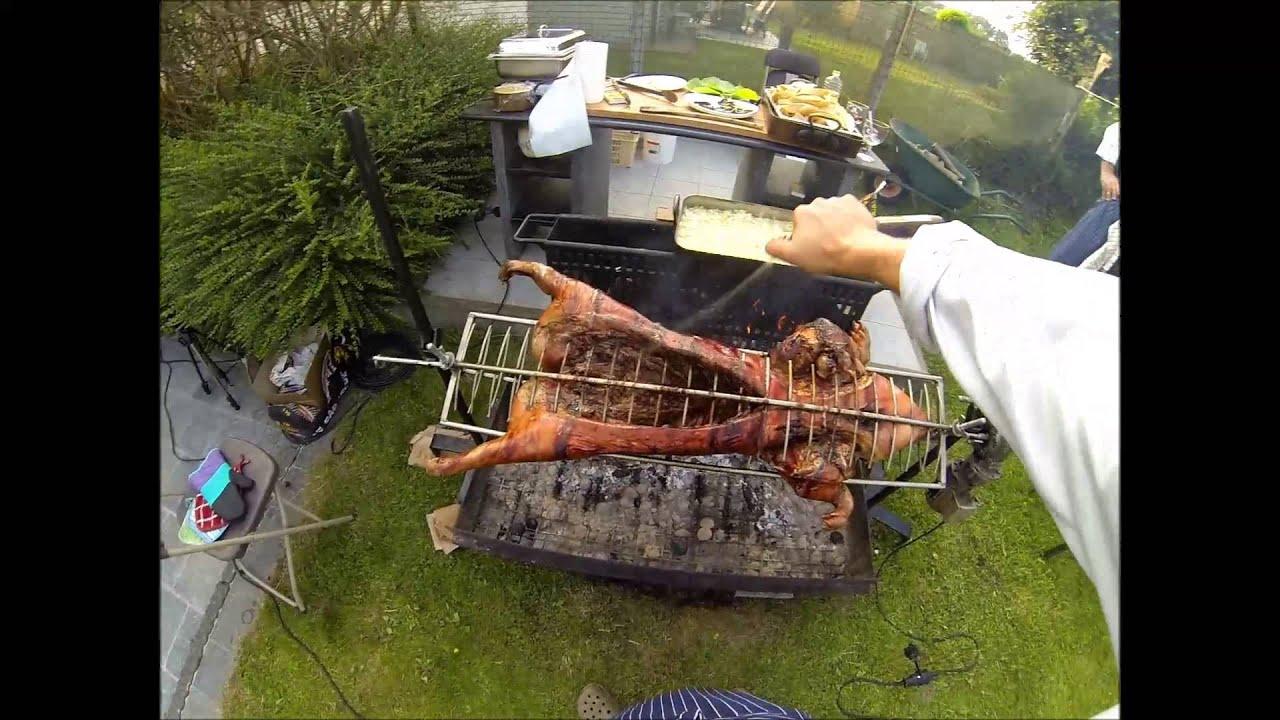 Cochon de lait la broche arros de bi re youtube - Queue de cochon outil ...