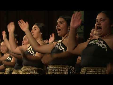Graduation May 2018 - Manawatū - Celebration for Māori Graduates   Massey University