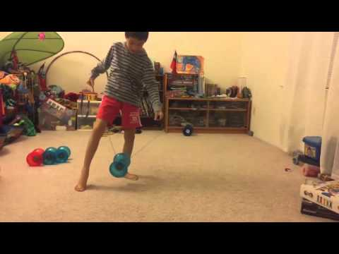 Chinese YoYo intermediate trick #5 Leg Combo 2