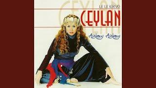 Download lagu Le Le Kirvo