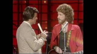Dick Clark Interviews Bob Welch - American Bandstand 1982