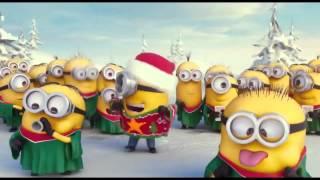 Миньоны песня. Миньоны поют Новогоднюю песню