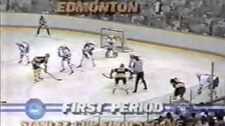 Wayne Gretzky, Jari Kurri, Esa Tikkanen in 1988 Stanley Cup Final (1)