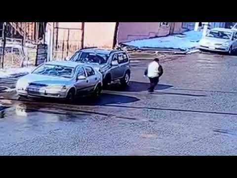 Տեսախցիկը ֆիքսել է` ինչպես է քաղաքացին վառելիք լցնում աղբամանի մեջ և այրում