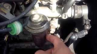 Exhaust gas recirculation egr valve cleaning guide on Toyota yaris diesel 1.4