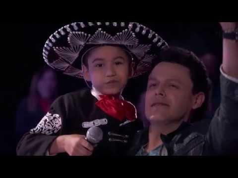 La Voz Kids | Jesús Urbina canta 'El Mariachi Loco' en La Voz Kids