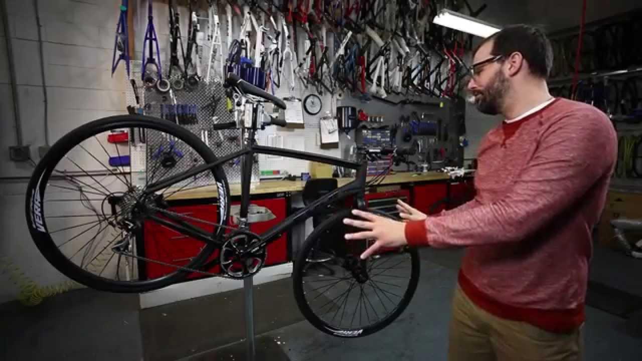 Fuji Absolute Flat Bar Bike Youtube