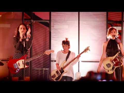 Warpaint - Santa Monica Pier - Twilight Concerts