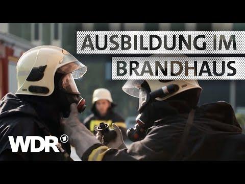 Feuer & Flamme | Übung im Brandhaus – Feuerwehr-Azubis proben den Ernstfall | WDR