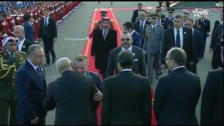 استقبال العاهل الأردني.. الملك عبد الله يعانق بنكيران