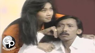 Download Evie Tamala - Rambut (Official Music Video)