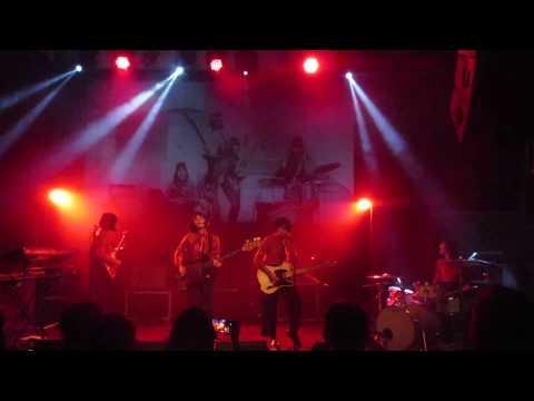 Wow! The Flower Girls (Dara Puspita 1960s Indonesia) Live in London!