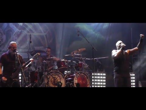 Sepultura post video from Brutal Assault festival - Trivium's Heafy covers Backstreet Boys