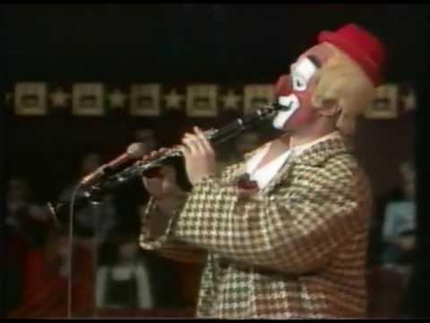 Rastellis - Clown Act