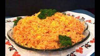 Салат из колбасного сыра с морковью
