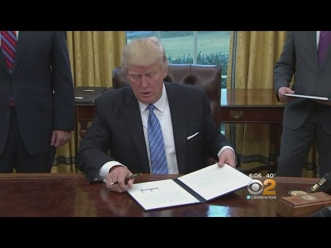 Trump Spends Week 1 Signing Executive Orders