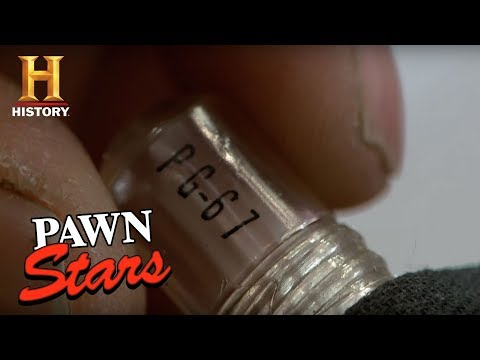 Pawn Stars: Carrier Pigeon Capsule