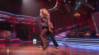 Pamela Anderson & Niecy Nash - DWTS Finale (Week 10)