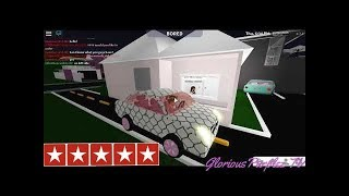 Going to the BEST reviewed Cafe/Drive thru || ROBLOX Bloxburg