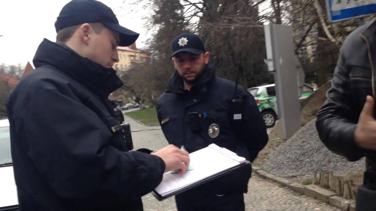 ВХарькове полицейские попались навзятке 5 000 грн от нетрезвого водителя