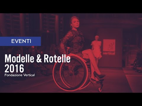 MODELLE ROTELLE - Milano Fashion Week 2016 with Models Standing and Wheelchair