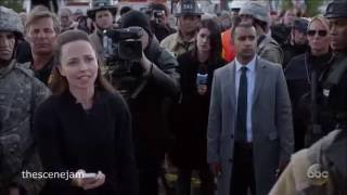 """Designated Survivor 1x02  Pres Tom Kirkman Almost Got Attacked at Capitol Ruins """"The First Day"""""""