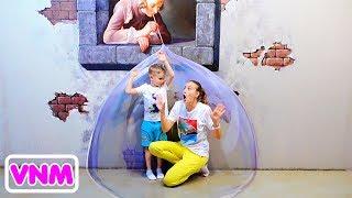 Vlad và Mama Chơi trốn tìm và vui chơi cùng gia đình