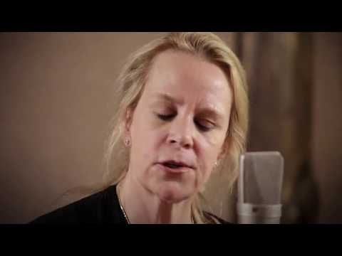 Mary Chapin Carpenter - Sometimes Just the Sky - 4/3/2018 - Paste Studios - New York, NY