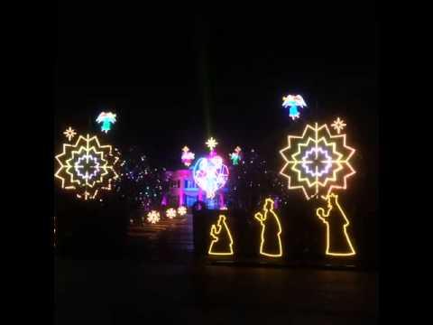 Paul Tudor Jones Christmas lights display 1 - YouTube