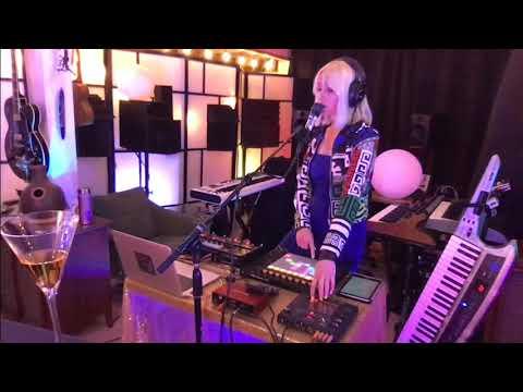 """""""Heart Beat"""" - Katrina Kope Live from the Cat Box"""