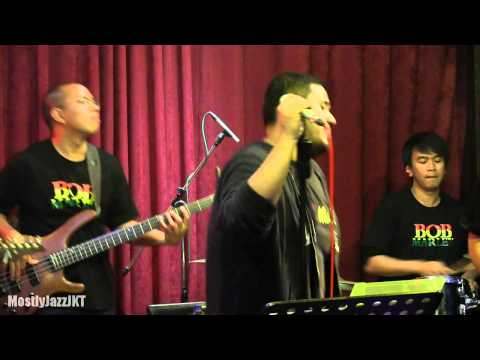 Mike Mohede Tribute to Bob Marley - Turn Your Lights Down Low @ Mostly Jazz 30/05/14 [HD]
