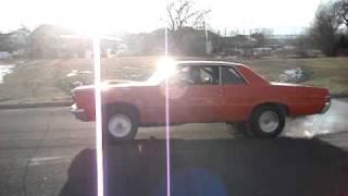 Saturday Afternoon Fun - 1965 GTO Burnout