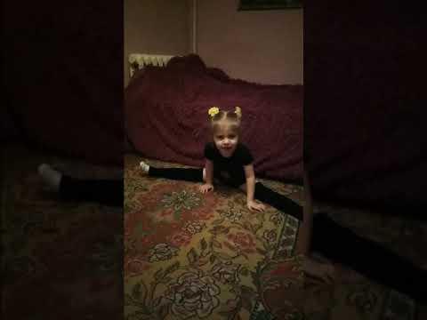 Маленькая гимнастка
