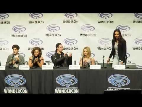 Wondercon 2017 The Gotham Panel Cast (Partial)