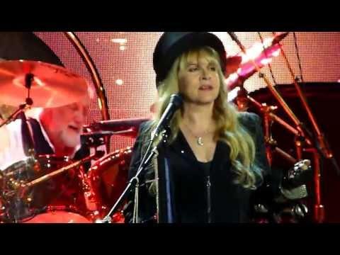 Fleetwood Mac - Go Your Own Way - Paris Bercy 2013 Mp3